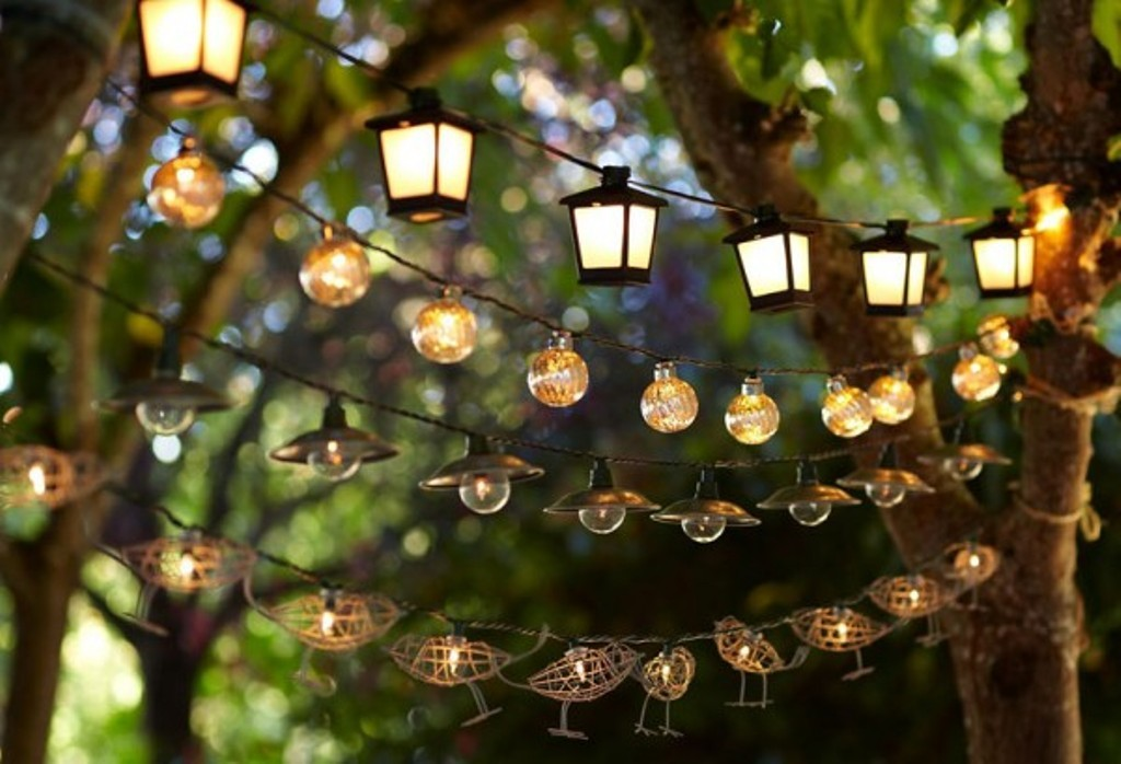 Solar-Outdoor-String-Lights-Waterproof