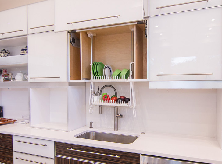 Choose the right Kitchen Cabinets and Dish Racks for your Home