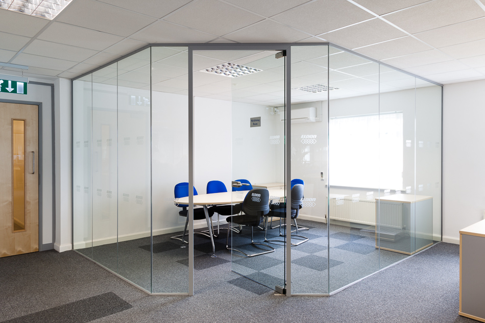 Benefits of Proper Glass Partitions and Their Types